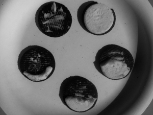 We love activities we can eat like these Oreo Cookie Moon Phases